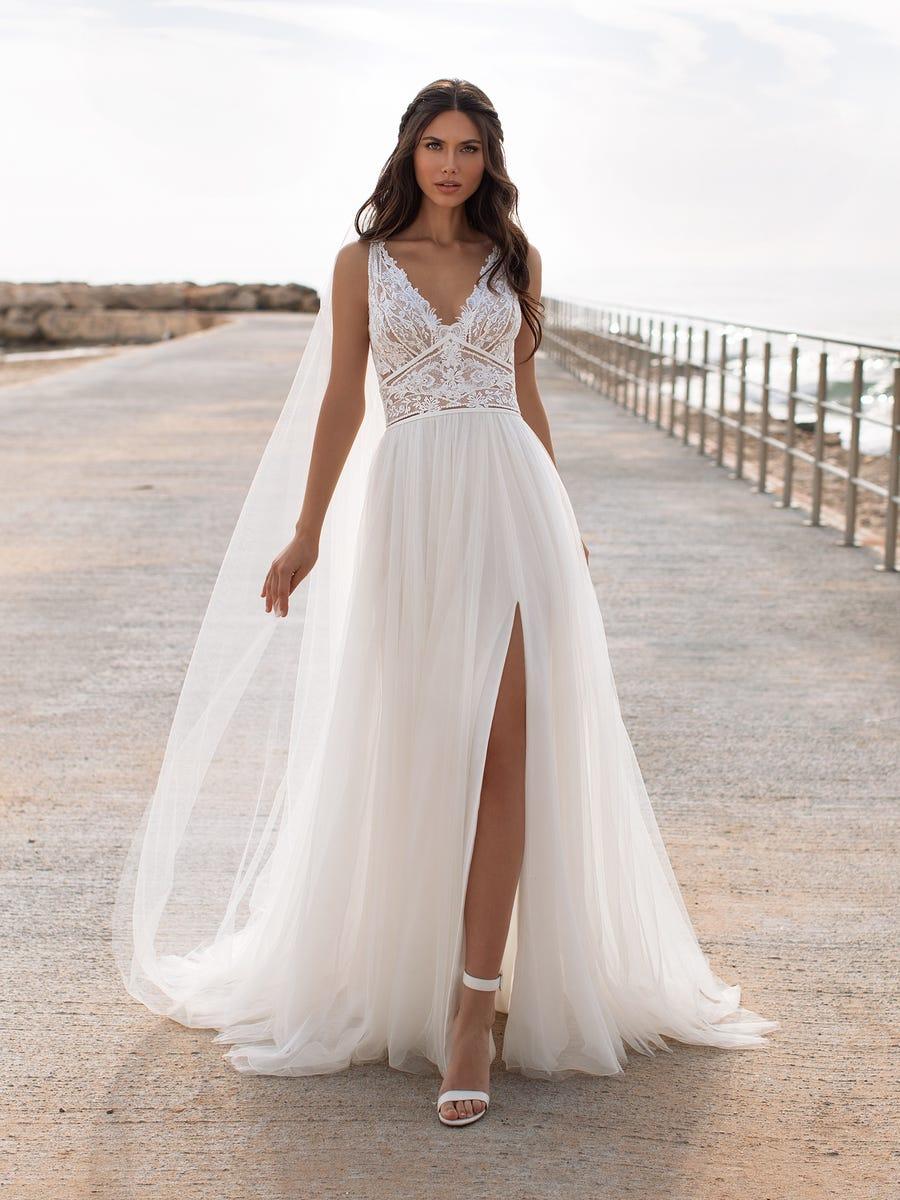 pronovias robe charisse les mariées du faubourg vernet robes de mariées monteux vaucluse