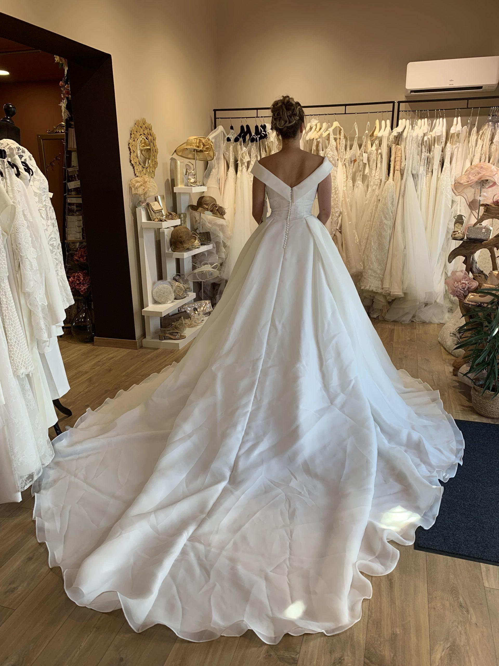mariage mariées robes de mariées monteux vaucluse les mariées du faubourg vernet